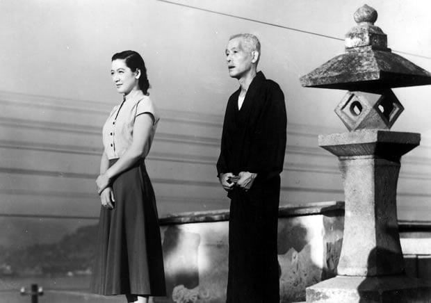 Noriko e Shukishi,  em uma das cenas mais famosas da história do cinema mundial
