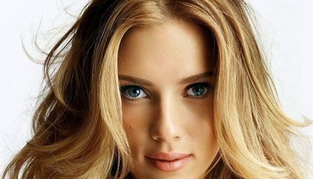 Quando me sinto triste, penso nos lábios da Scarlett Johansson