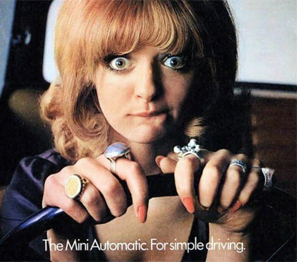 No passado, um carro era atrativo caso uma mulher conseguisse dirigi-lo