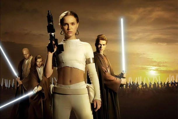 Star Wars Episódio II: Ataque dos Clones (2002, dirigido por George Lucas)