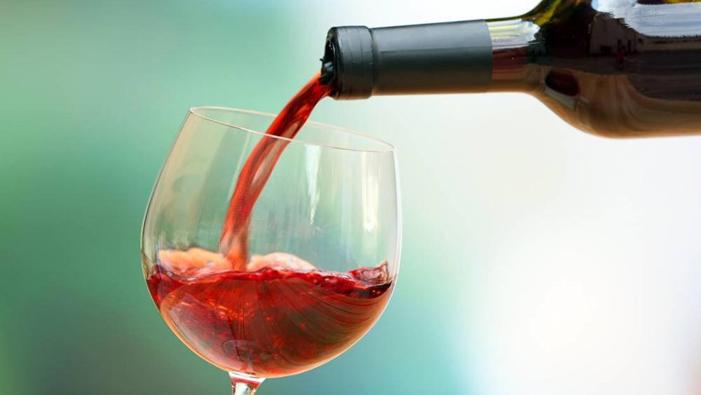 10 vinhos baratos (e bons) para apreciar sem sair de casa