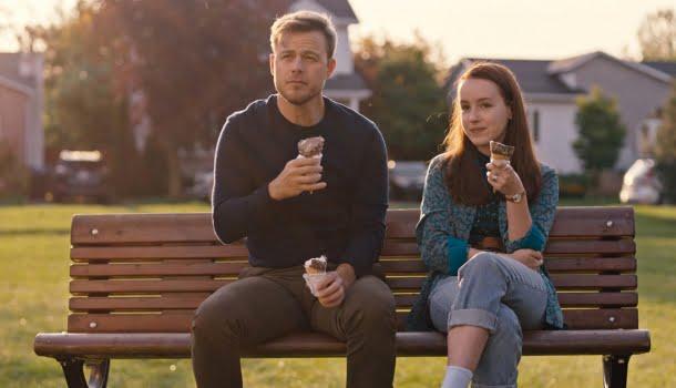 5 filmes novos na Netflix para os dias em que você só quer se aconchegar no sofá e não pensar em nada