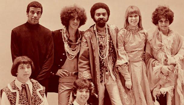 Tropicalia ou Panis et Circencis, o disco-manifesto que mudou a história da música