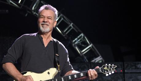 Eddie Van Halen: com quantas cordas se faz um deus da guitarra?