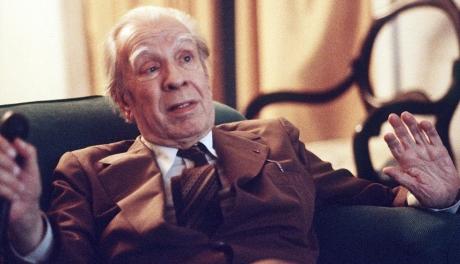 Jorge Luis Borges diz que poemas de amor de Neruda são fracos e que a chilena Gabriela Mistral era medíocre