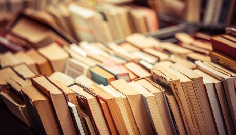 Sobre livros, mofo e cartões de crédito
